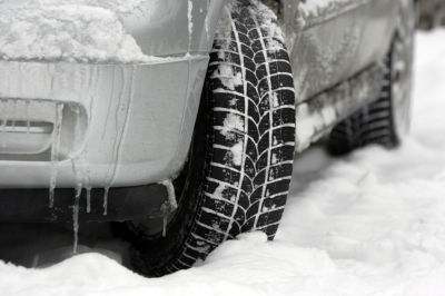 Stay Safe When You Drive This Winter With These 5 Tips